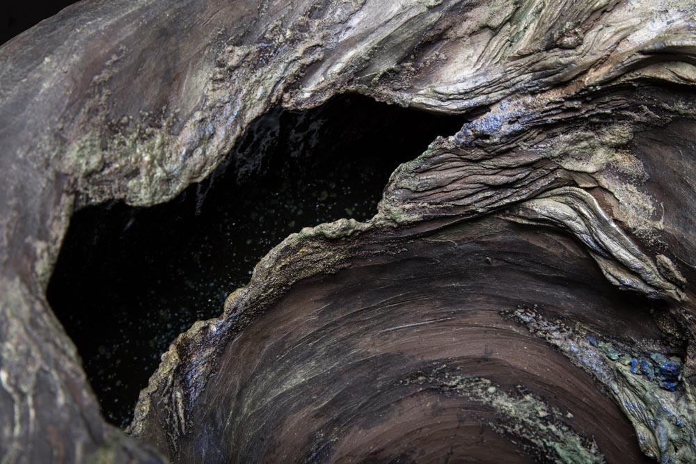 sculpture en céramique, apparence d'écorce